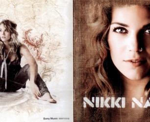 02_nikki_naked