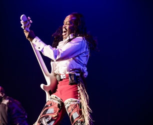AMSTERDAM-HMH-EARTH WIND AND FIRE