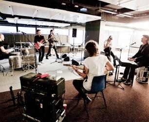 kane_ahoy_rehearsals_7l-12